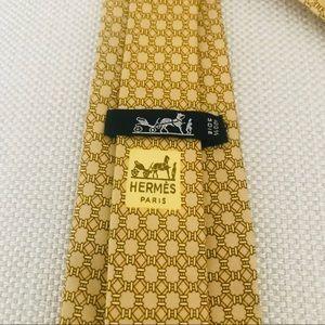 Hermès Vintage Skinny Silk Tie: Geometric Print